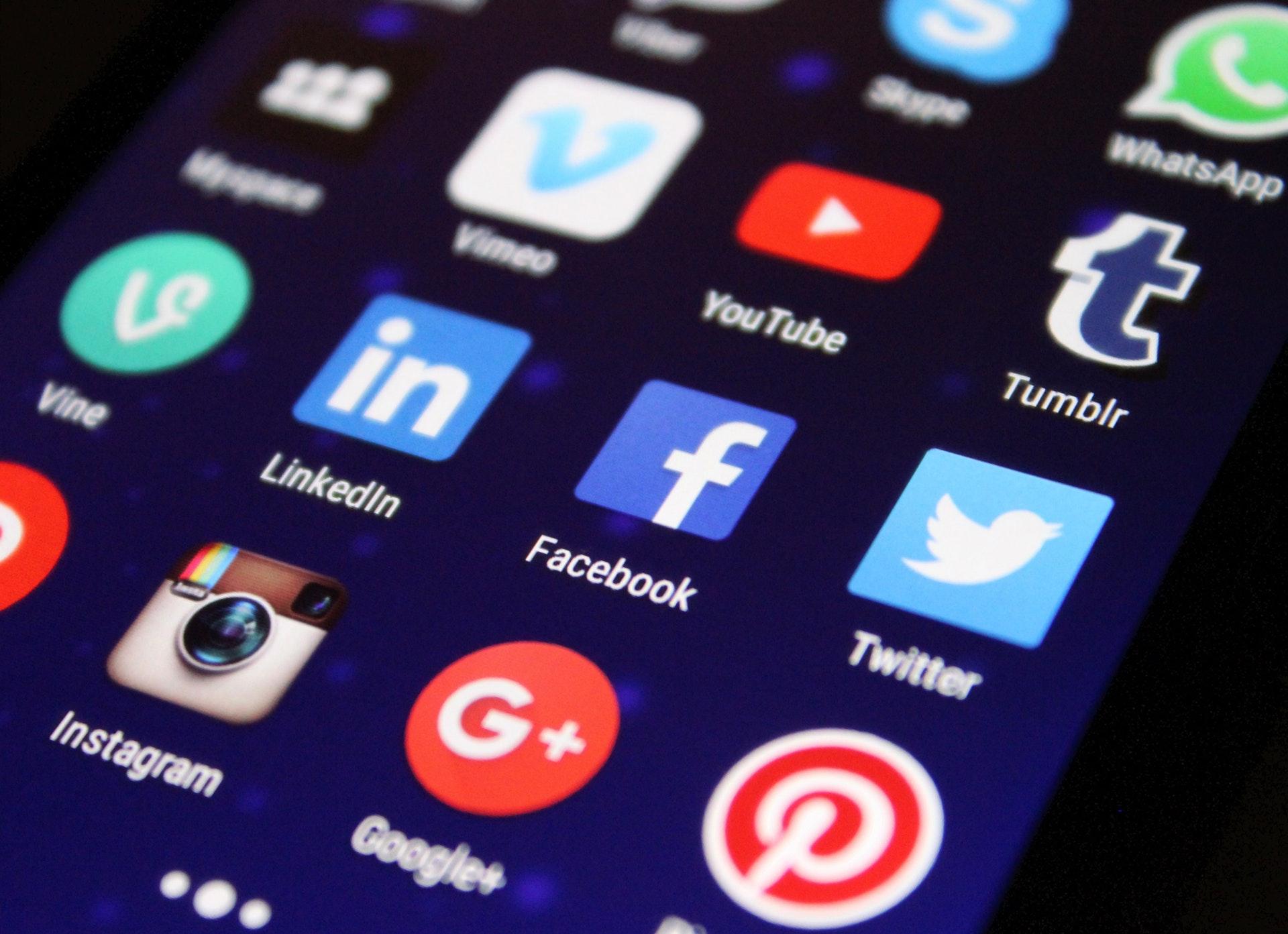 Fomentar las visitas a tu stand a través de las redes sociales
